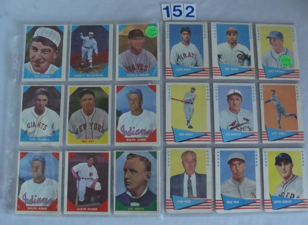 (17) 1960 FLEER BASEBALL GREATS