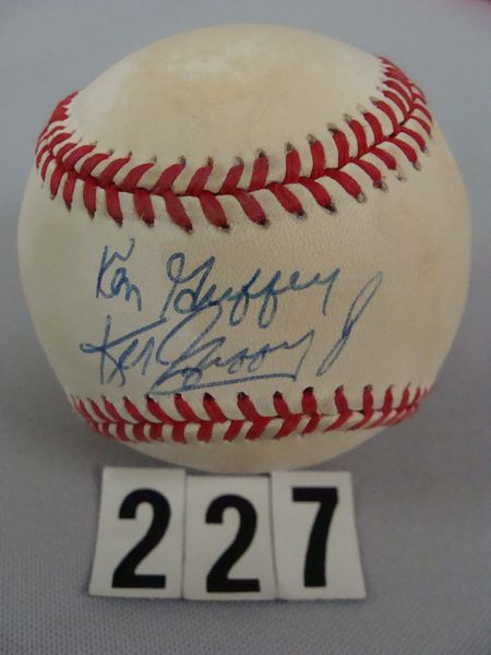 BOBBY BROWN BASEBALL AUTO'D BY KEN