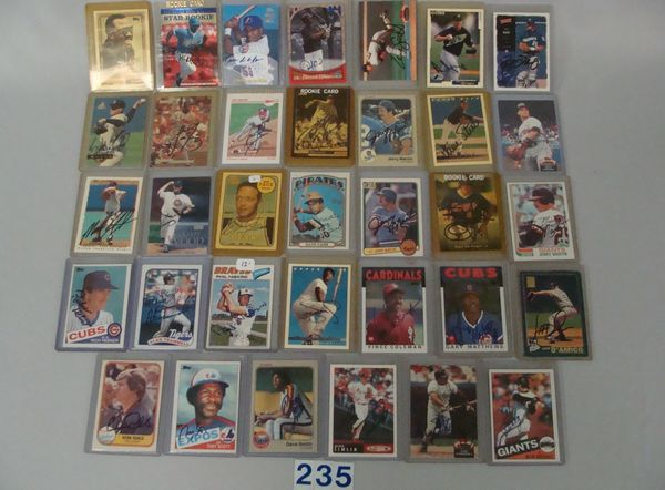 BOX WITH (34) AUTOGRAPHED BASEBALL CARDS