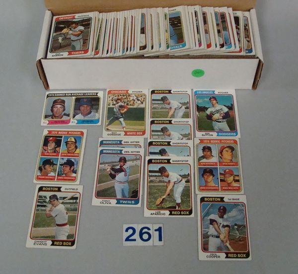 (650+) 1974 TOPPS BASEBALL CARDS -