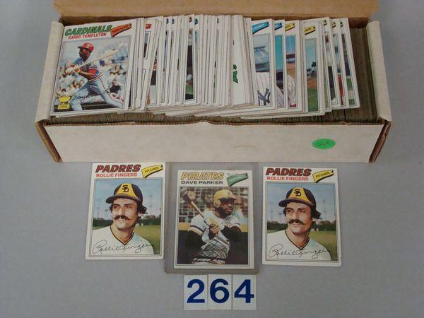 (560+) 1977 TOPPS BASEBALL CARDS -