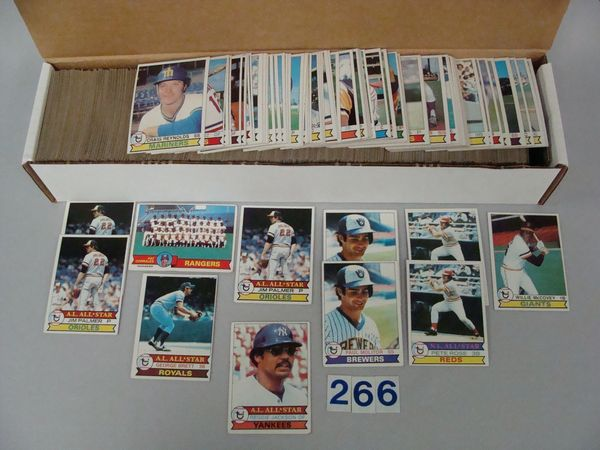 (900+) 1979 TOPPS BASEBALL CARDS