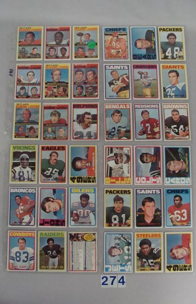 (181 DIFF.) 1972 TOPPS FOOTBALL CARDS