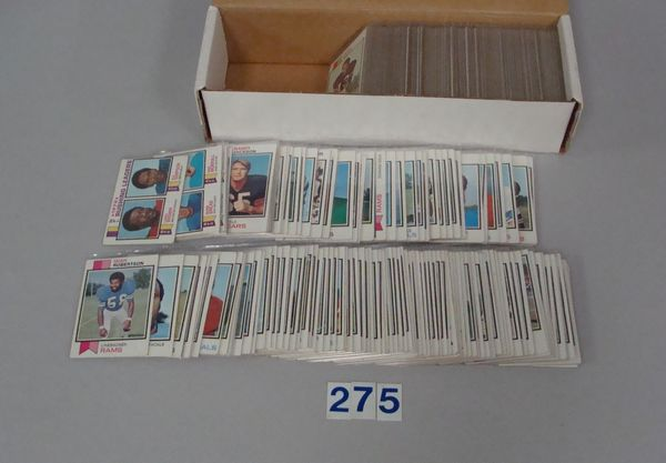 BOX WITH APPROX. (425 DIFF.) 1973 TOPPS