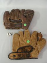 (2) VINTAGE BB GLOVES: WILSON A2084 BARNEY