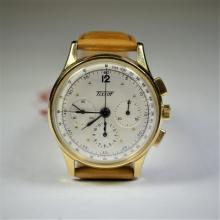 TISSOT Chronograph. 12h30 min counter.14 ct gold. Diameter 35 mm. Kaliber Lemania 2310 (Omega 321)...