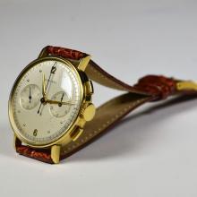 Montre bracelet LONGINES en or 18ct, chronographe, cal. 13 ZN, no 6072934, Ø 36mm.
