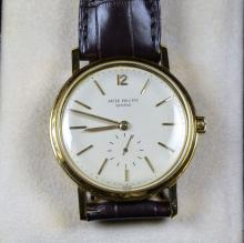 18ct gold wristwatch PATEK PHILIPPE Automaitic. small second hand at 6h. Diameter 36mm. Original...