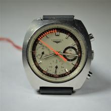 Rare LONGINES Chronograph in steel. Kaliber 72. With 10th seconds. Diameter 40mm. From the 60th
