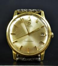 Automatic wristwatch OMEGA Seamaster. Made of 18ct gold. With calendar. Very good condition.