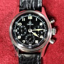 Montre-bracelet chronographe OMEGA, cal. 321, en acier, années 1950. Old new stock.