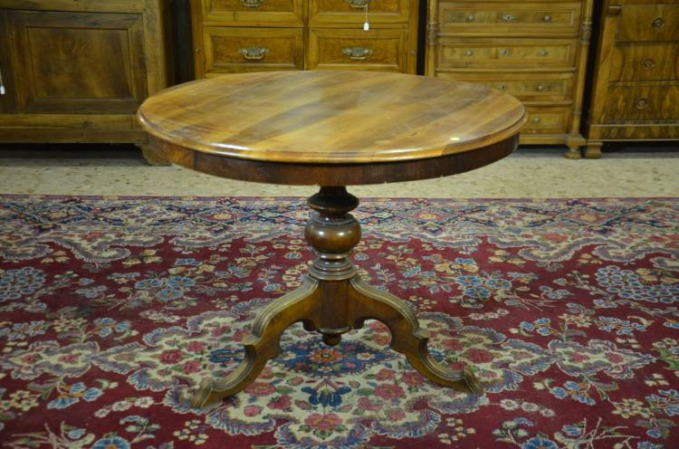 1 table ronde louis philippe noyer pied central 97cm for Table ronde louis philippe