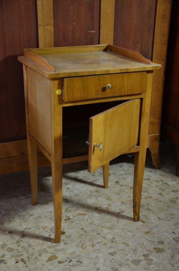 Petit meuble biedermeier noyer 1 tiroir et 1 porte h 70c - Petit meuble a tiroir ...
