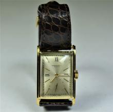 PATEK PHILIPPE wristwatch in 18ct gold. Ref. 519 with certificate 1937. Very good condtion
