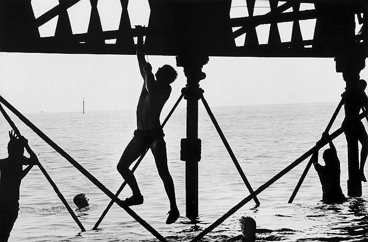 Romano Cagnoni (b. 1935) - Southsea Pier, England, 1981