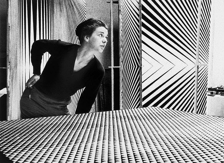 Romano Cagnoni (b. 1935) - Bridget Riley, London, 1963