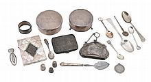 A small collection of silver items, to include