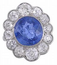 An Edwardian sapphire and diamond cluster ring,