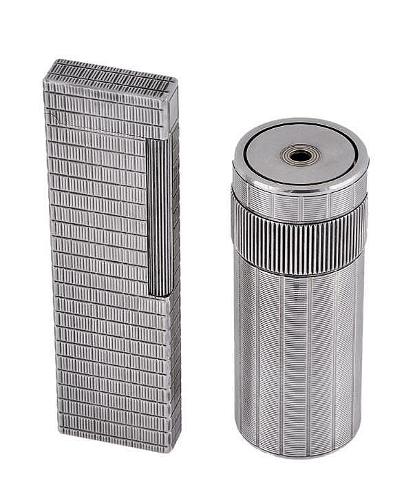 S. T. Dupont, a gas cylindrical table lighter,