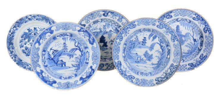 A Chinese blue and white dish , Kangxi, 34cm diam and six smaller plates...