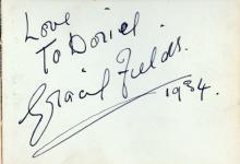 Autograph Album - Incl. Gracie Fields - Autograph album with signatures by entertainers
