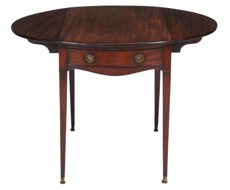 A George III mahogany Pembroke table, circa 1800, 72cm high, 101cm extended