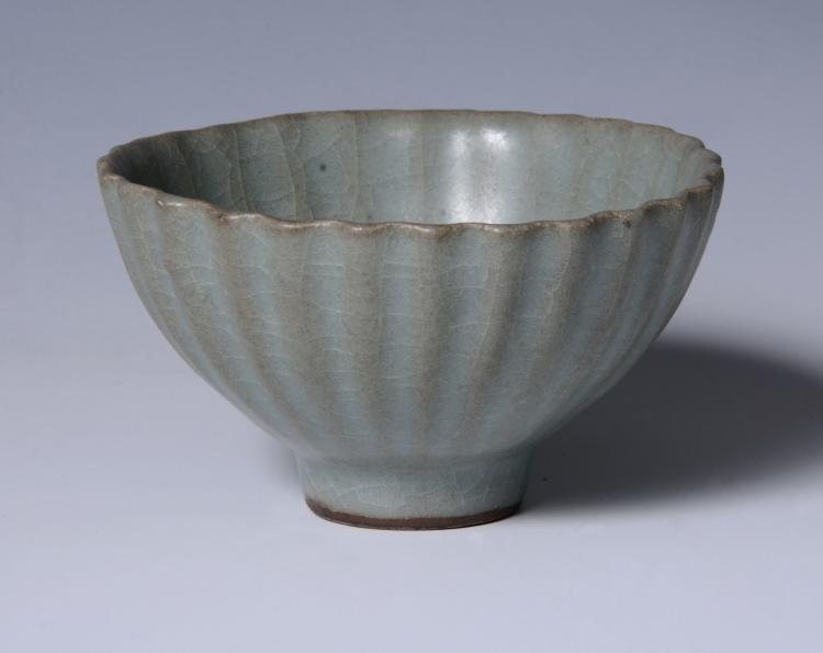 An attractive small Chinese celadon petal-lobed bowl, Southern Song Dynasty