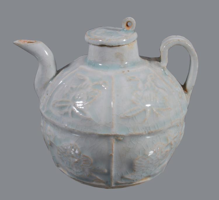 A Chinese Qingbai ewer and cover , Southern Song Dynasty