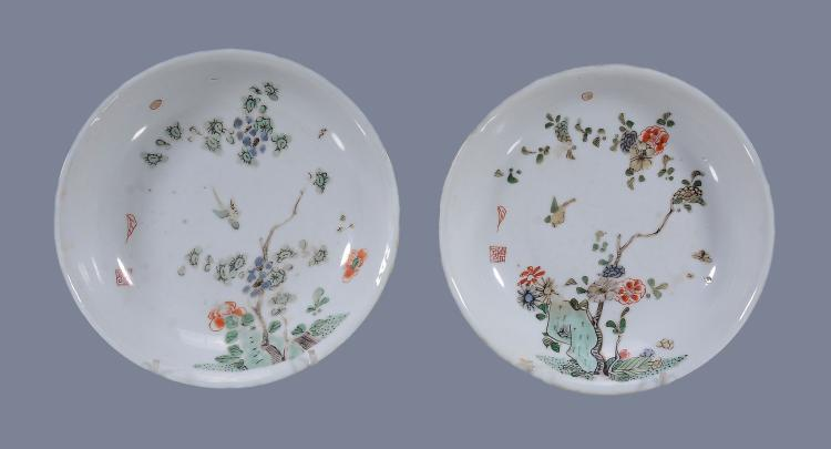 A pair of Chinese Famille Verte small dishes, Kangxi