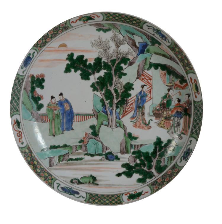 A large Chinese Famille Verte dish, Kangxi