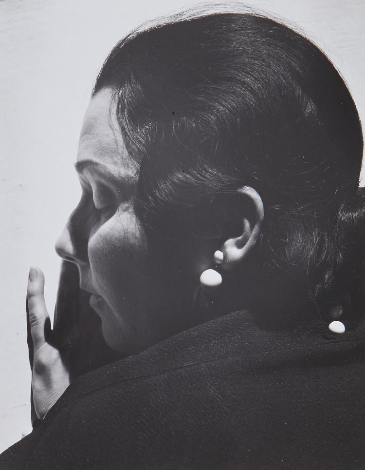 ** Imogen Cunningham (1883-1976) - Marion Simpson, Painter, 1934