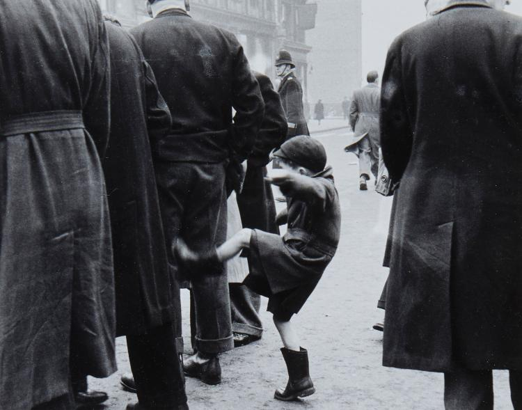 Grace Robertson (b. 1930) - Frustration, Petticoat Lane, London, 1948