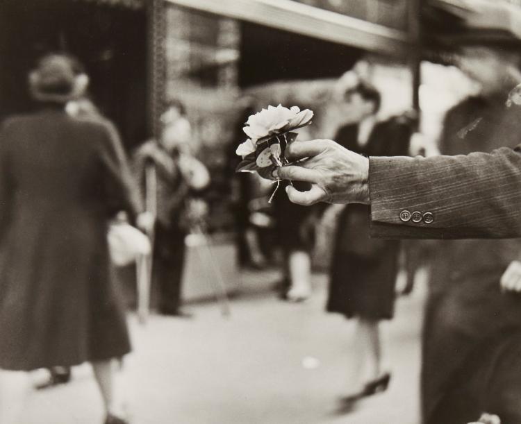 Louis Faurer (1916-2001) - Market Street, Philadelphia, PA, 1944