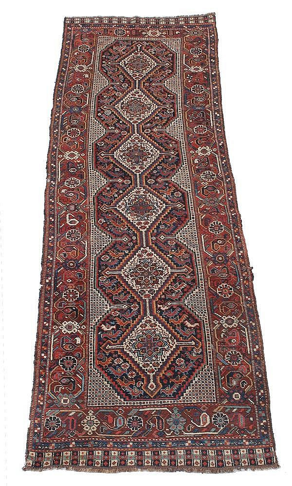 A Quashqai runner, approximately 280cm x 90cm