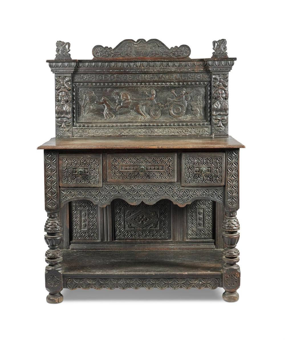 A CARVED OAK SIDEBOARD IN 17TH CENTURY STYLE, LATE 19TH/EARLY 20TH CENTURY
