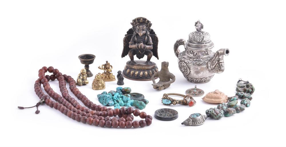 A group of Tibetan items
