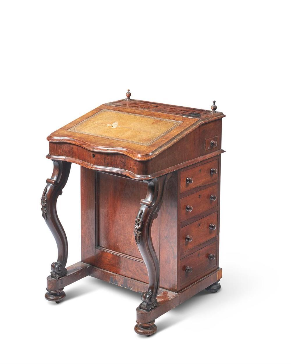 Y A VICTORIAN ROSEWOOD DAVENPORT, CIRCA 1860