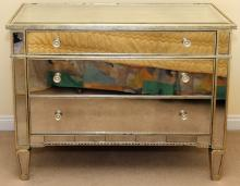 CONTEMPORARY MIRRORED & WOOD CHEST OF DRAWERS