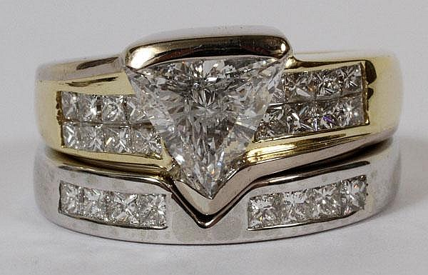 2.50 CT TRILLION DIAMOND GOLD ENGAGEMENT RING AND WEDDING BAND