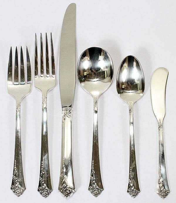 HEIRLOOM 'DAMASK ROSE' PATTERN STERLING FLATWARE, SERVICE FOR SIX, 43 PIECES