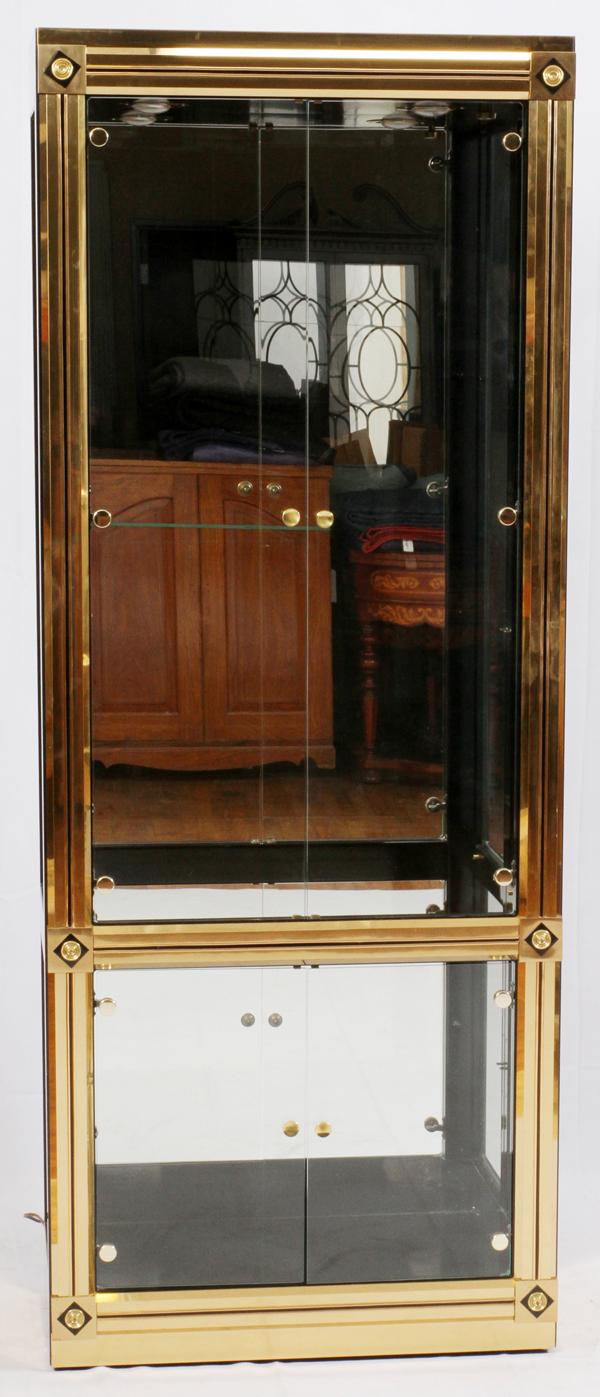 Mastercraft Of Grand Rapids Brass Amp Glass Cabinet