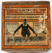 LIONEL PRE-WAR GAUGE TRAIN SET IN ORIGINAL BOXES