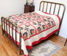 AMERICAN ANTIQUE ANTIQUE BRASS BED