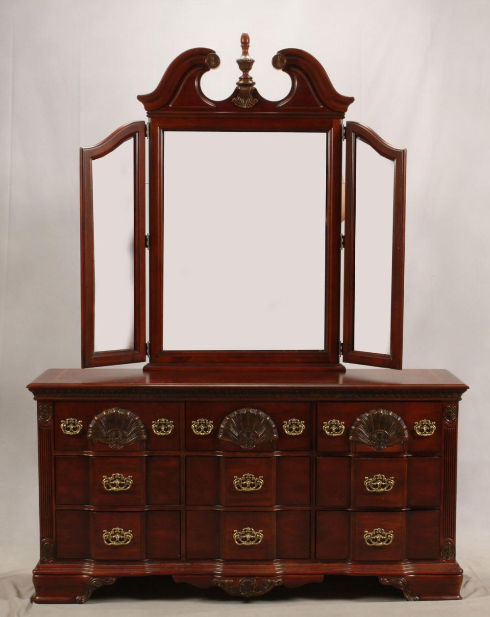 Sold Price Kathy Ireland Mahogany Carved Bedroom Set Invalid Date Est