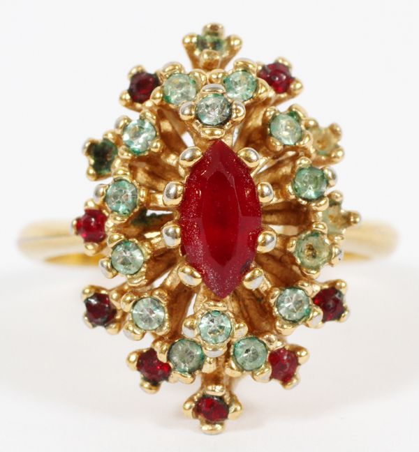 18 KT GOLD, RED AND GREEN STONE COCKTAIL RING