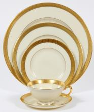LENOX PORCELAIN STANFORD DINNER SERVICE 72 PIECES