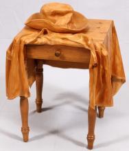 LIVIO DIMARCHI WOOD SCULPTURE TABLE W/ HAT