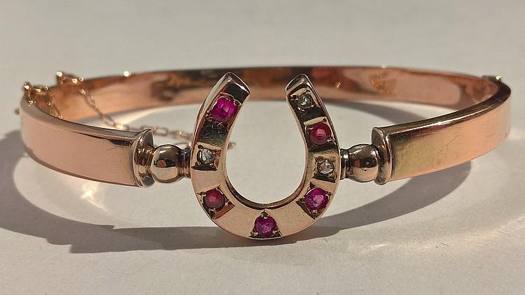 Gold Bracelet 9ct Set 3 Diamonds 5 Rubies in a Cen