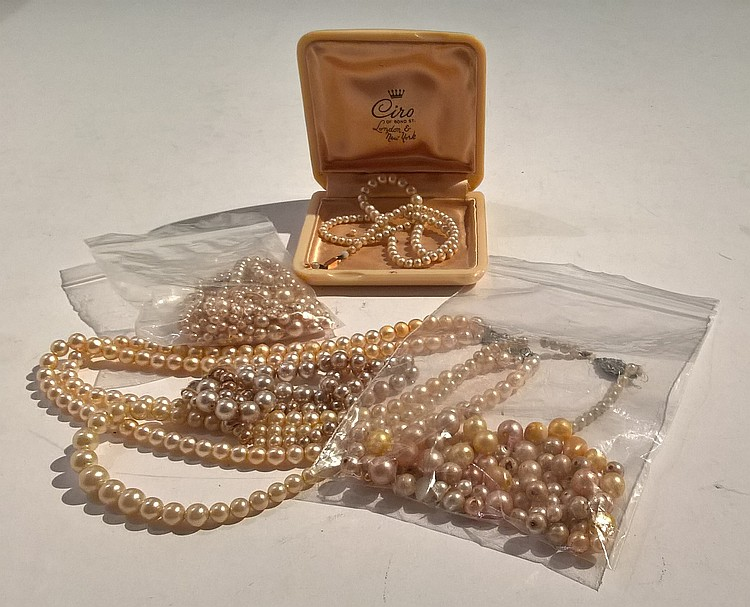 Vintage Selection of Costume Pearl Necklaces, some