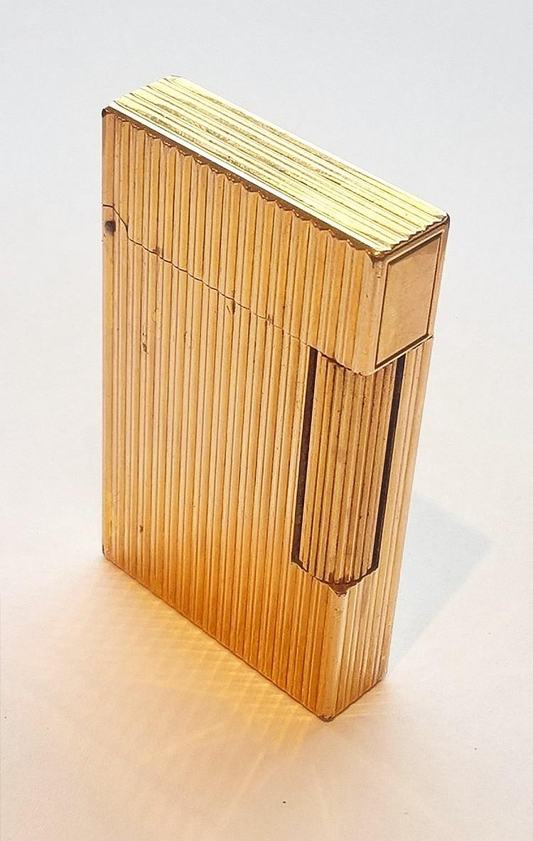 S J DUPONT Gold Plated Lighter, original case, ori